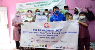 Omega Hotel Management Santuni Kaum Difabel Lewat Program CSR Ramadhan - Property & Bank